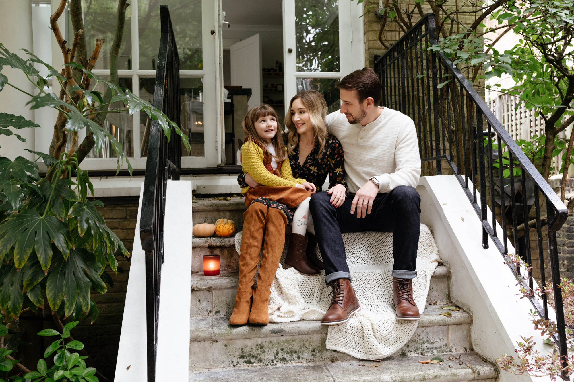 Autumn family portrait photography in Notting Hill Gate, London London Children Photography